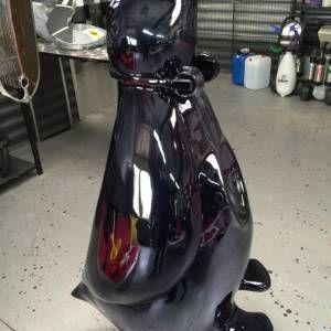 Pingouin Monumental Résine - Artiste JONATHAN DELMAS | image
